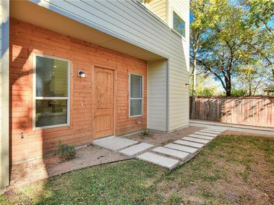 904 VASQUEZ ST # B, Austin, TX 78741 - Photo 2