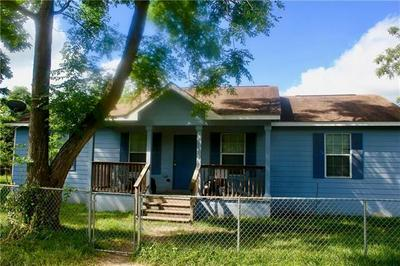 301 TAYLOR ST, Smithville, TX 78957 - Photo 2