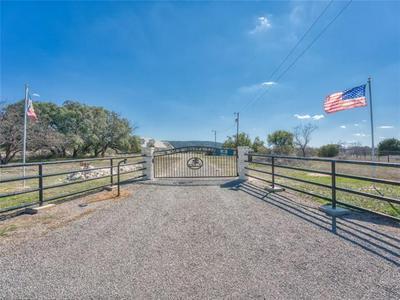 200 LEHNE LOOP, Buchanan Dam, TX 78609 - Photo 2