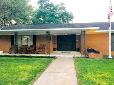 705 WHITEHEAD ST, SMITHVILLE, TX 78957 - Photo 1