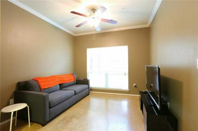 910 W 25TH ST APT 502, Austin, TX 78705 - Photo 2
