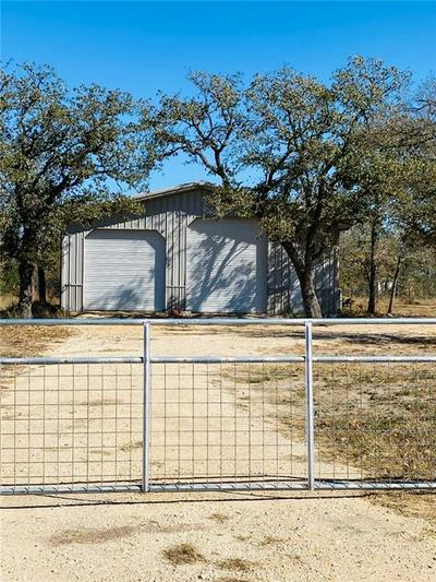 000 LAKEVIEW CIR, Lockhart, TX 78644 - Photo 1