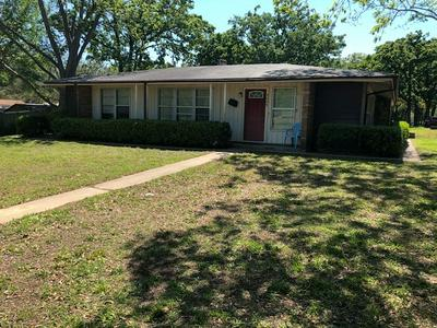 2002 POST OAK RD, Rockdale, TX 76567 - Photo 2