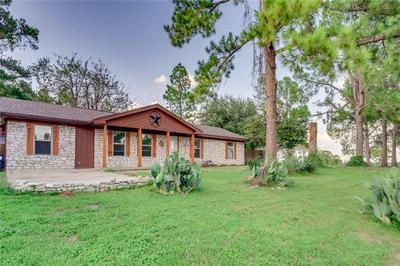563 SIERRA DR, Rockdale, TX 76567 - Photo 2
