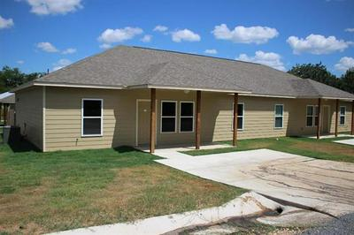 307 3RD AVE UNIT A, Smithville, TX 78957 - Photo 1