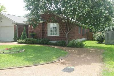 221 LITTLE LAKE RD, Hutto, TX 78634 - Photo 2