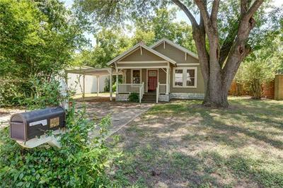 404 TURNEY ST, Smithville, TX 78957 - Photo 1
