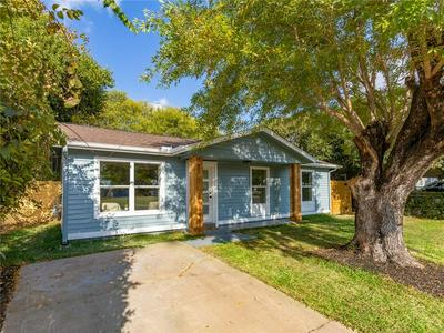 6202 LARCH TER, Austin, TX 78741 - Photo 2