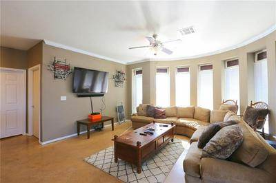 910 W 25TH ST APT 506, Austin, TX 78705 - Photo 2