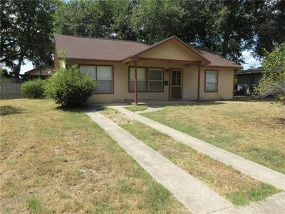 906 HALEY AVE, Rockdale, TX 76567 - Photo 1