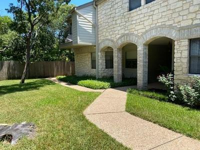9226 JOLLYVILLE RD APT 182, Austin, TX 78759 - Photo 1