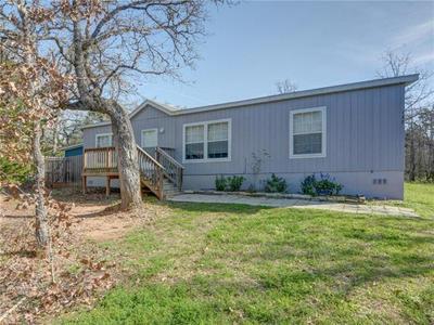 137 CHIPPEWA TRAILS TRL, SMITHVILLE, TX 78957 - Photo 2
