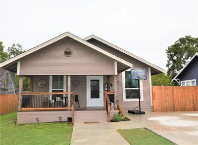 1119 W 7TH ST, Taylor, TX 76574 - Photo 2