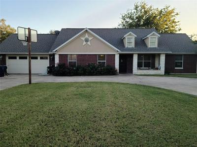 177 E DAVILLA ST, Bartlett, TX 76511 - Photo 1