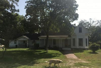 543 W JACKSON ST, Bartlett, TX 76511 - Photo 2
