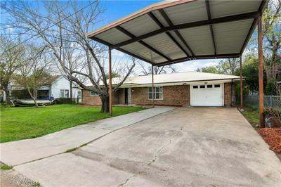 204 N 1ST ST, THORNDALE, TX 76577 - Photo 1