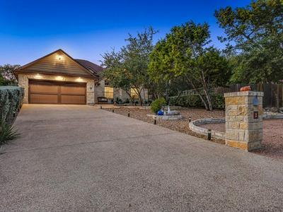 2 PAR CIR, Wimberley, TX 78676 - Photo 1