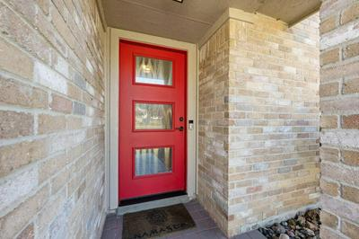 4207 RED CLOUD DR, Austin, TX 78759 - Photo 2