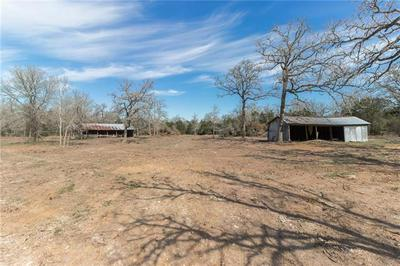 221 OLD WAELDER RD, Flatonia, TX 78941 - Photo 1