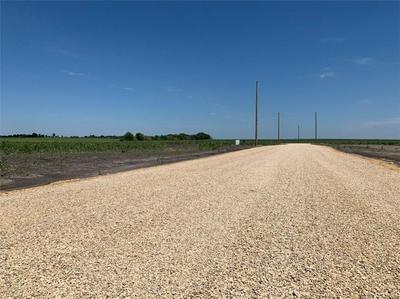 1249 SUNRISE VISTA DR, Thorndale, TX 76577 - Photo 2