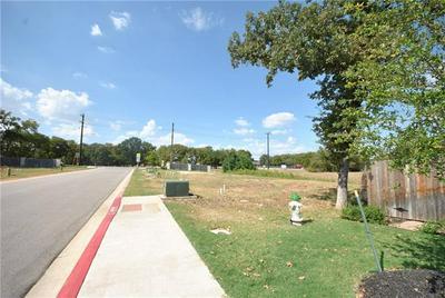 105 BIRCH OAK LN, Georgetown, TX 78628 - Photo 2