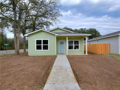 101 EAST ST, Smithville, TX 78957 - Photo 1