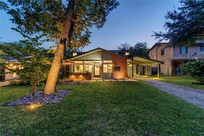 1605 SUFFOLK DR, Austin, TX 78723 - Photo 2