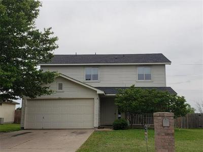 2805 TYLER LN, Taylor, TX 76574 - Photo 1