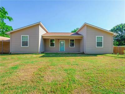 807 SE 5TH ST, Smithville, TX 78957 - Photo 2
