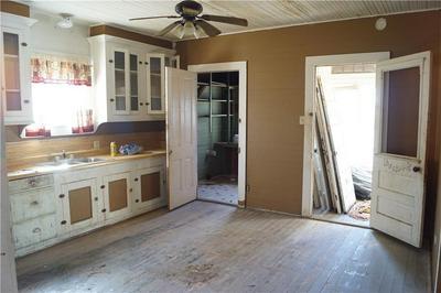 420 TAYLOR RD, Elgin, TX 78621 - Photo 2