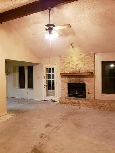 1005 CRESSWELL DR, Pflugerville, TX 78660 - Photo 2