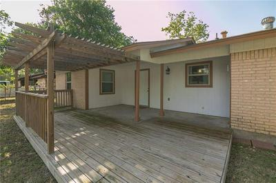 1404 ADAMS ST, Taylor, TX 76574 - Photo 2