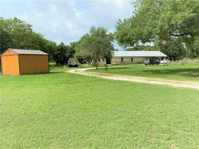 996 COUNTY ROAD 457, Thorndale, TX 76577 - Photo 2