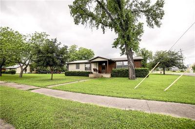 901 COLLEGE ST, Bastrop, TX 78602 - Photo 2