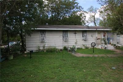 901 WASHBURN ST, Taylor, TX 76574 - Photo 2