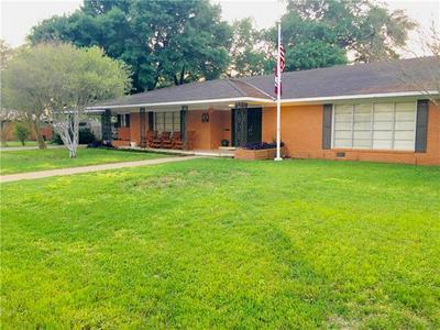 705 WHITEHEAD ST, SMITHVILLE, TX 78957 - Photo 2