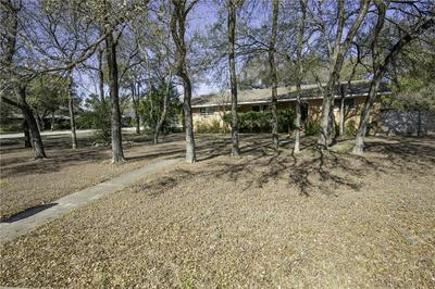 5015 TIMBERLINE DR, Austin, TX 78746 - Photo 1