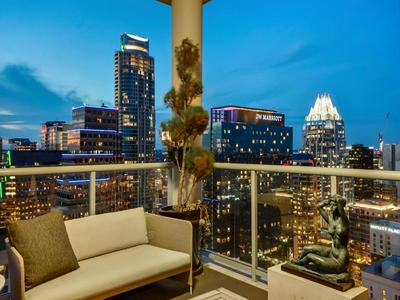 98 SAN JACINTO BLVD # 2902, Austin, TX 78701 - Photo 2