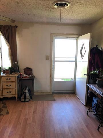 1104 E BROWN ST, LLANO, TX 78643 - Photo 2