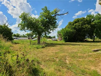 1110 N 42ND ST, Temple, TX 76501 - Photo 2