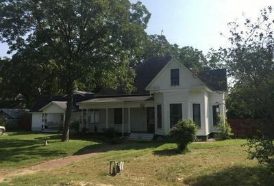 543 W JACKSON ST, Bartlett, TX 76511 - Photo 1