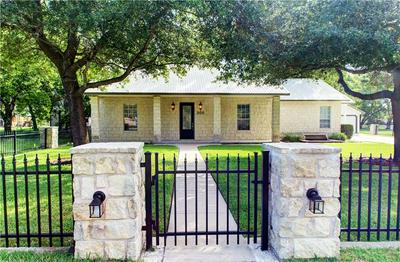 305 S MAIN ST, Thrall, TX 76578 - Photo 1