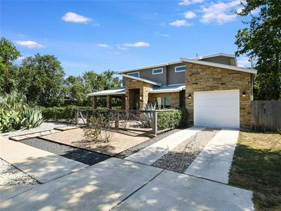 915 STOBAUGH ST # A, Austin, TX 78757 - Photo 2