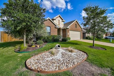 414 WIMBERLEY ST, Hutto, TX 78634 - Photo 2