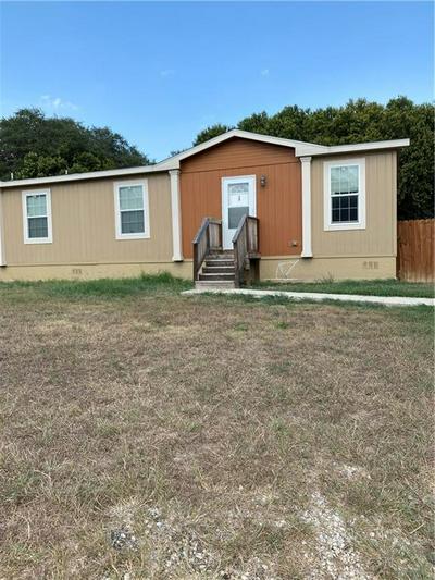 121 REYNOLDS ST UNIT A, Lockhart, TX 78644 - Photo 1