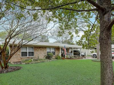 8206 POLAR DR, Austin, TX 78757 - Photo 2