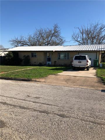 1104 E BROWN ST, LLANO, TX 78643 - Photo 1