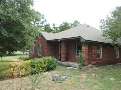 117 WILLIAMS ST, Bastrop, TX 78602 - Photo 1