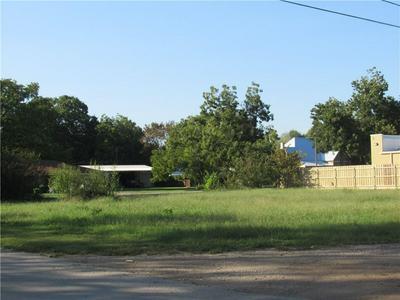 1103 NE 2ND ST, Smithville, TX 78957 - Photo 1