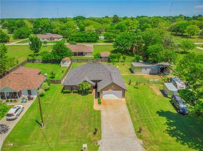 818 CALDWELL ST, Lexington, TX 78947 - Photo 2